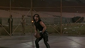 escape-from-la-snake-plissken-basketball-game-kurt-russell-300x170
